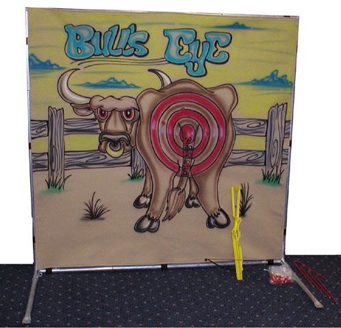 Bulls eye toss game