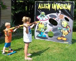 alien invasion carnival game